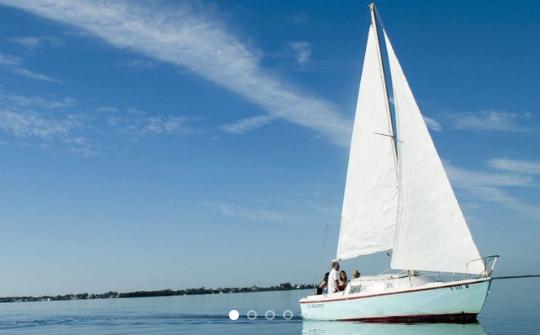 Full Day Catalina 22′ Sailboat Rental